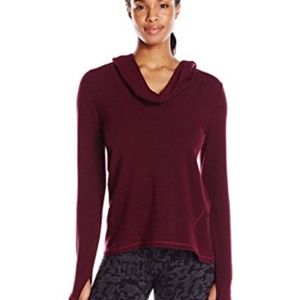 Lucy Cozy Surrender Pullover size M